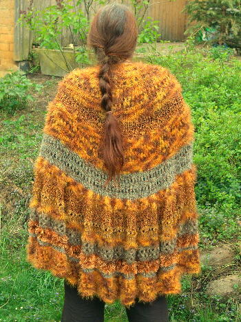 Irgendwie-Irgendwas-Umhang / Willy-Nilly-Pi-Shawl